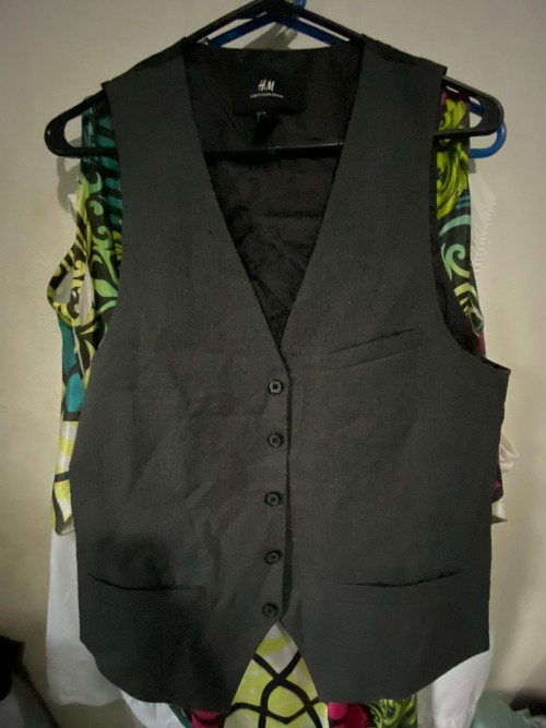 H&M Gray And Black Vest, Size M