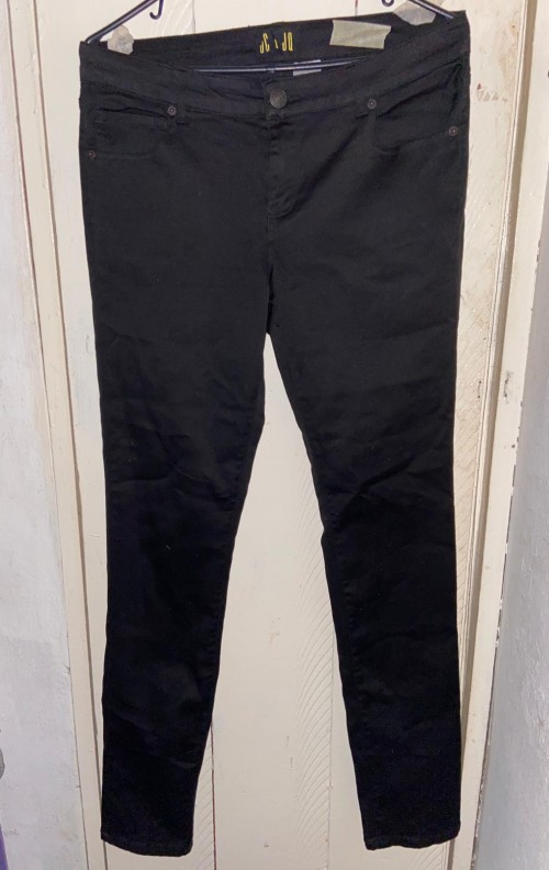 Black JC And Jo Jeans Size Large 15