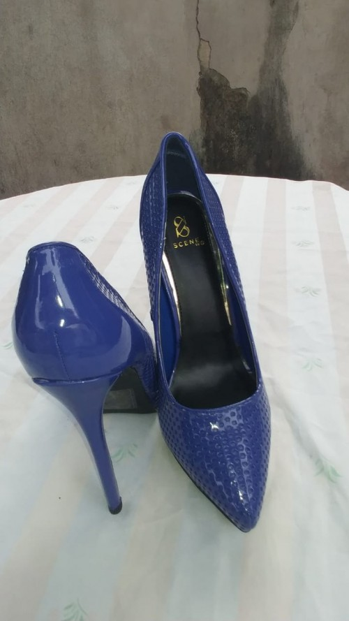 Blue High Heels Shoes, Size 10.