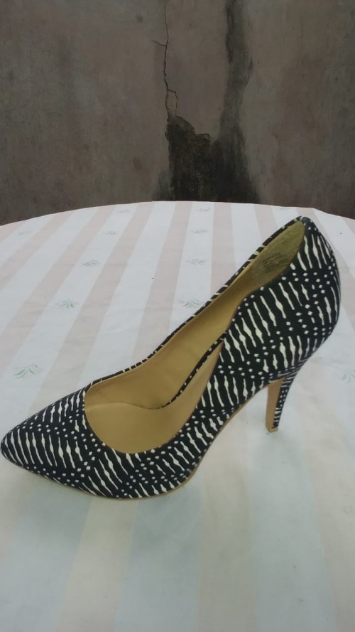 Black And White High Heels, Size 10