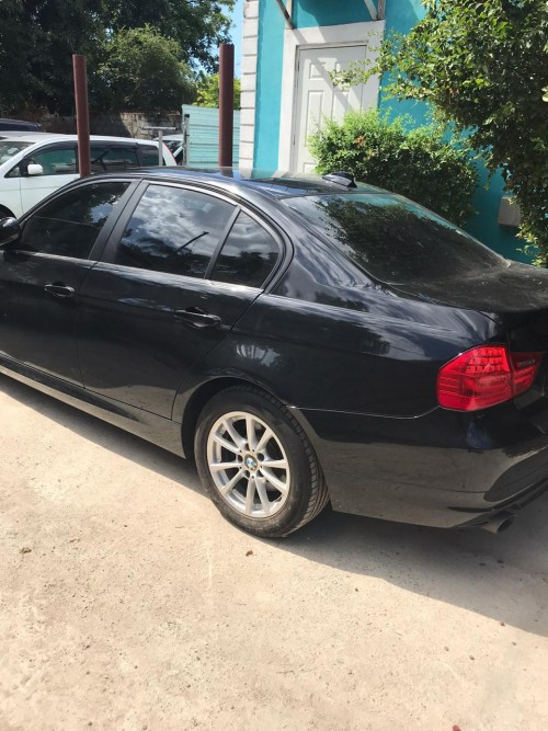 2011 BMW 320i For Sale Newly Imported 1.9mil