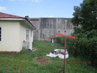 2 Bedroom 1 Bath - Toll Gate, Clarendon