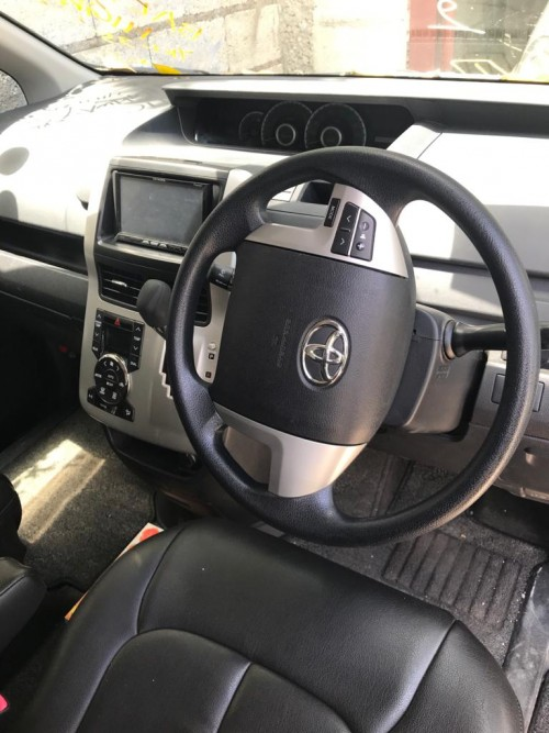 2011 Toyota  Noah X Smart Fully Loaded For Sale