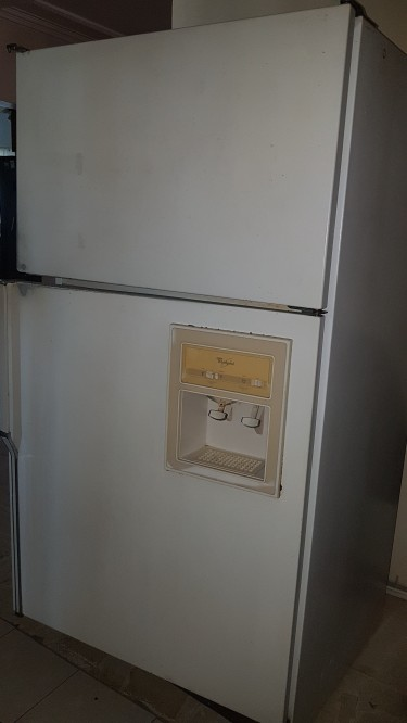 25 Cubic Fridge/Freezer, Whirlpool, Pre-owned