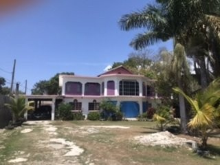 Large 1-1/2 Acres W/ Over 6 Bedroom 6000 SqFt Home