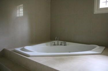 4 Bedroom 5 Bath Family Home In Cherry Gardens