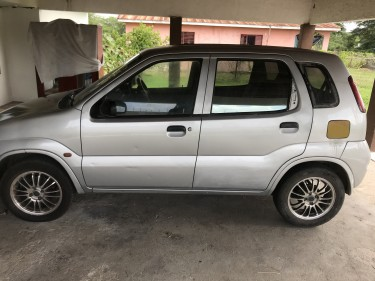 2004 Suzuki Ignis