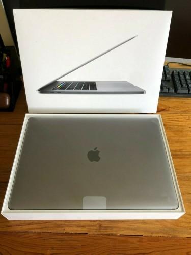 Apple MacBook Pro 15 Space Gray Touchbar