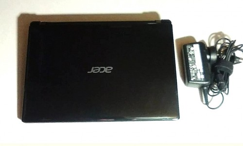 Acer Ultrabook - 6GB, SSD - Fast Performance