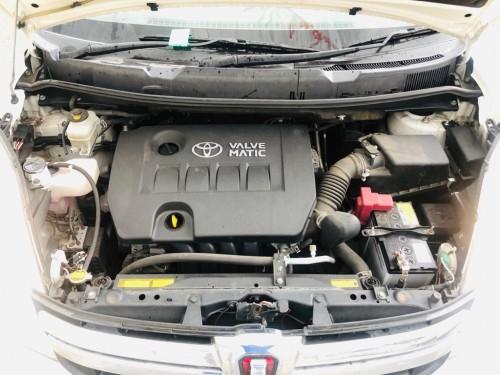 2013 Toyota Isis