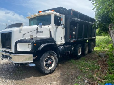 Pay Star International Dump Truck
