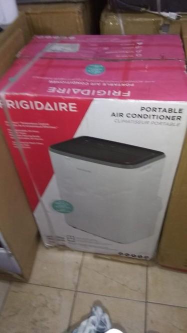 FRIGIDAIRE PORTABLE AC (BRAND NEW)
