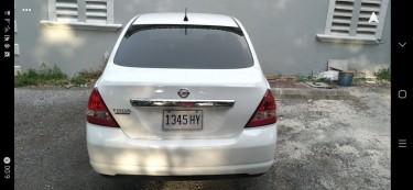 2012 Nissan Tiida