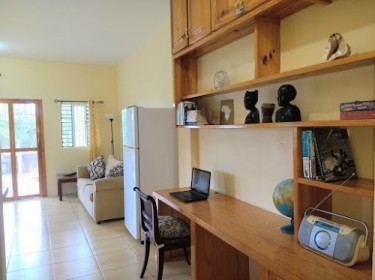 Self Contained Extra Large 1 Bedroom Apartment