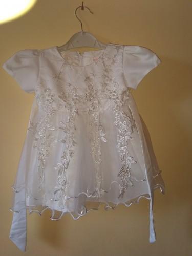 Baby Girl Christening Dress. Fits 6-9 Months.