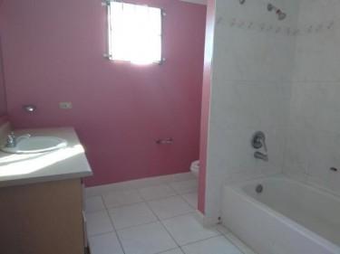 MANGO WALK COUNTRY CLUB 2 BEDROOM 1 BATH FOR SALE
