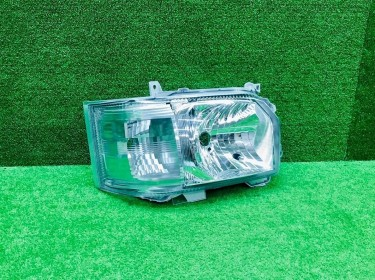 Toyota Hiace 4 Type Genuine Right Headlight