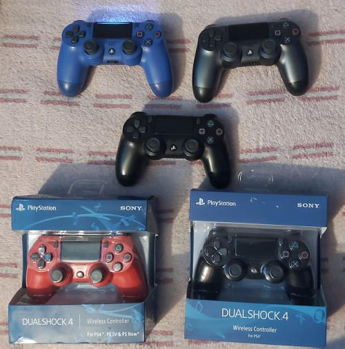 Faily New And Brand New Ps4 Controller