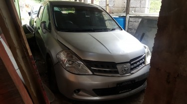2011 Nissan Tiida (Call Or Whatsapp)