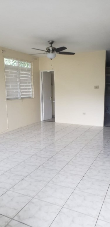 3  Bedroom Town House