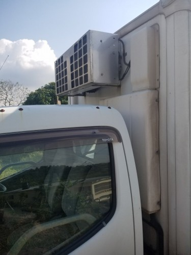 2010 Toyota  Dyna Freezer Truck Turbocharged Engin