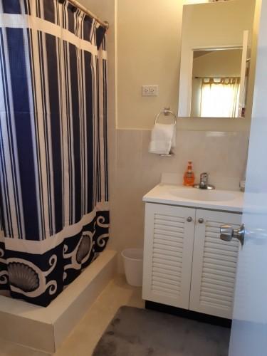 Furnished 1 Bedroom/bath, Shared Kitch & Living