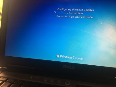 Dell Windows 7 Have To Keep Plug In.