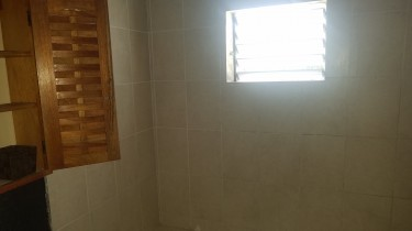 1bedroom For Rent (preferably Student)close To Uwi