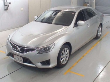 TOYOTA MARK X 2016