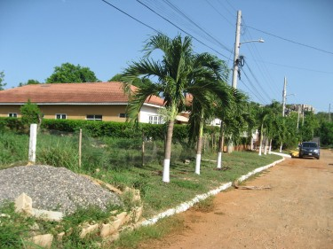 Lot For Sale - 6,800 Sqft