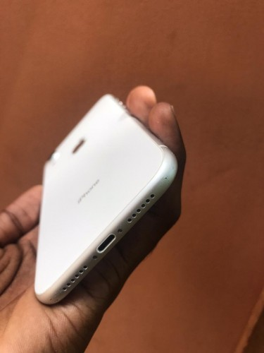 64GB IPhone XR RSIM Unlocked