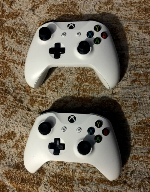 Faily New And New Xbox One Controller