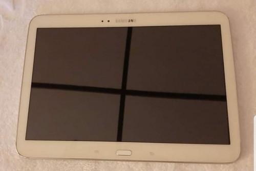 FAILY NEW Samsung Galaxy Tab 3 10.1 P5210 16GB