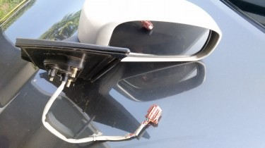 Y12 Right Powered Wing Mirror