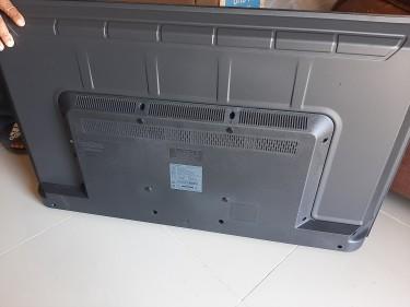 43 Inch Samsung Smart TV