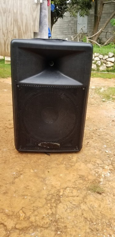 Used Monitor 15inc Box For Sale