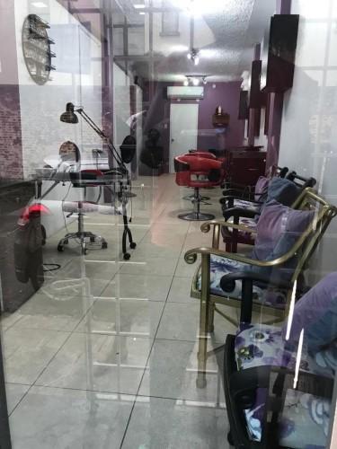 Sallon, Nail Technician And Barber Booths