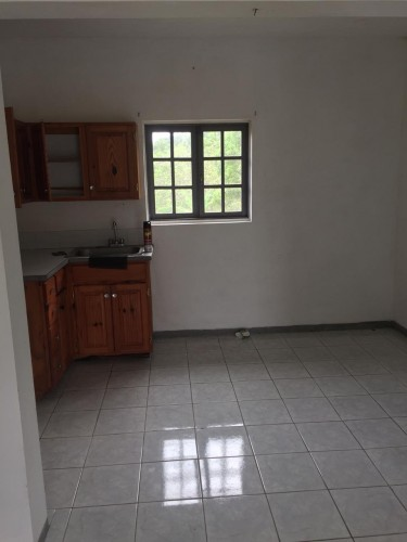 2 Bedroom Apt For Professionals Own Convenience