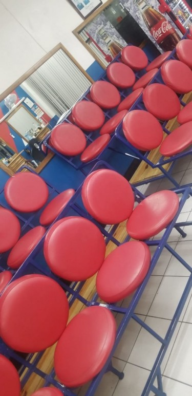 10 Piece -Waiting Chairs- Excellent Condition