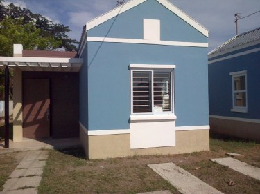 2 Bedroom 1 Bath Living Dining & Kitchen Houses Spanish Town