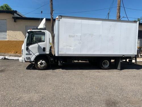 2014 Izuzu Box Truck