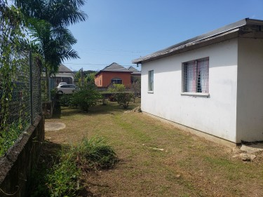 3 Bedroom House With Huge Land