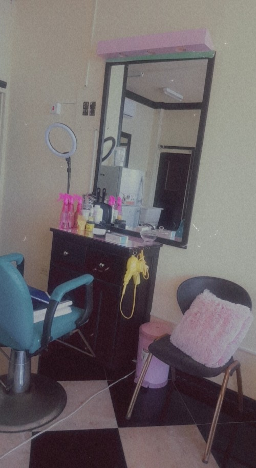 Hair Nail & Barber Station For Rent