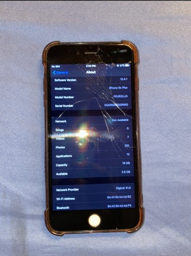 Iphone 6s Plus. Fully Functional