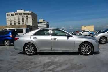 Toyota Mark X Premium