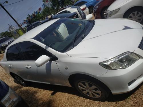 Toyota Corolla Axio X