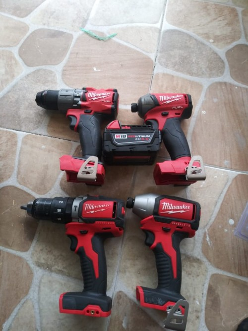 Milwaukee Kit 65k And Makita Kit 100k