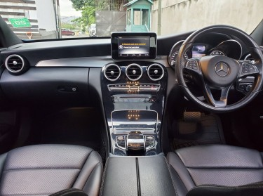 2015 Mercedes Benz C180 (NEWLY IMPORTED)