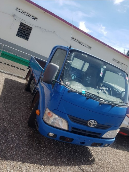 Newly Imported 2013 Toyota Dyna Truck