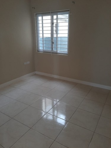 2 Bedroom Apartments 11 Kensington Court